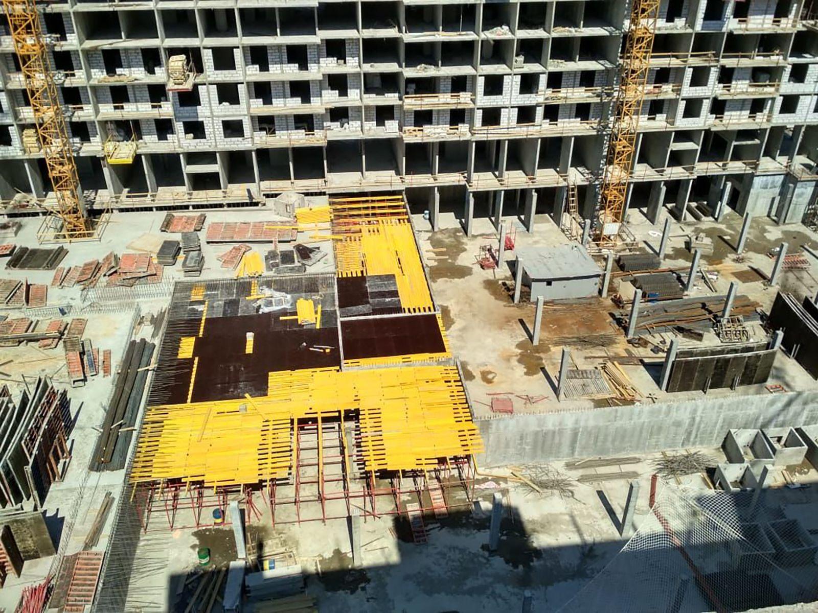 Ход строительства жилого комплекса, II очередь, 28.06.2018